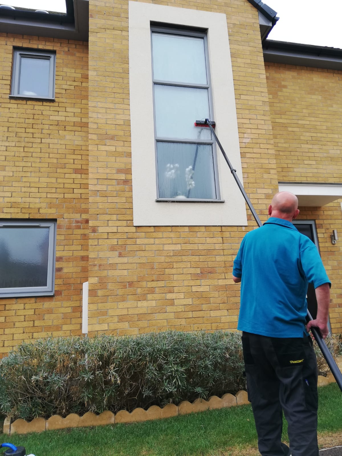 Dritbusters_UK_window_Cleaning_1